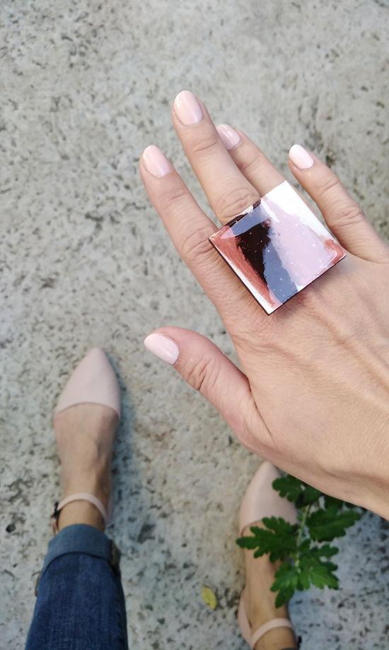 кольцо Квадратной формы