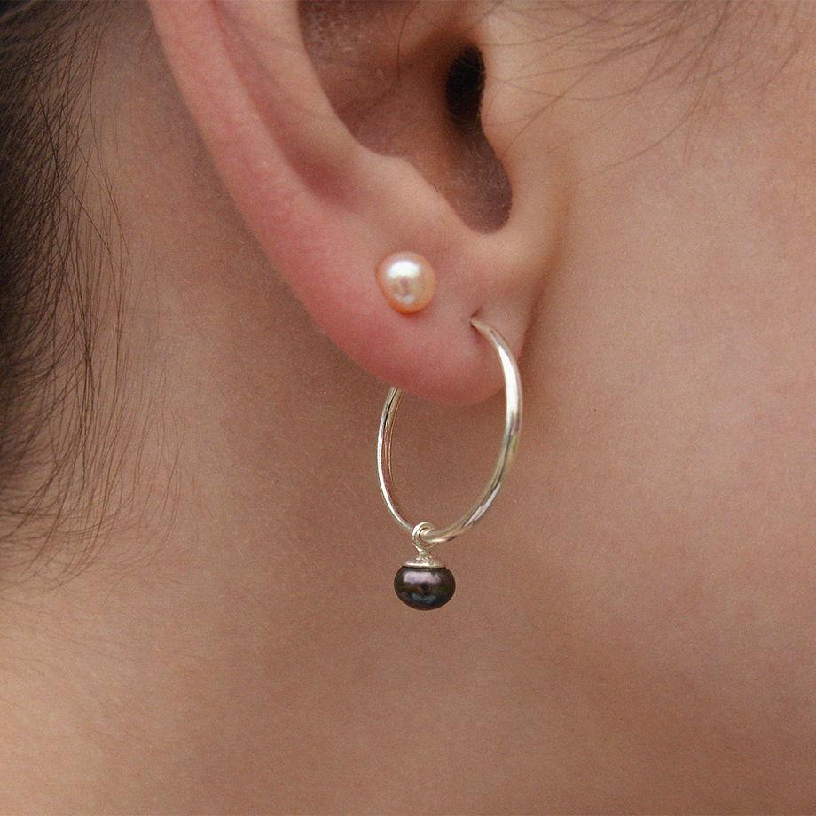 Серьги-кольца HOOPS PEARL с черным жемчугом