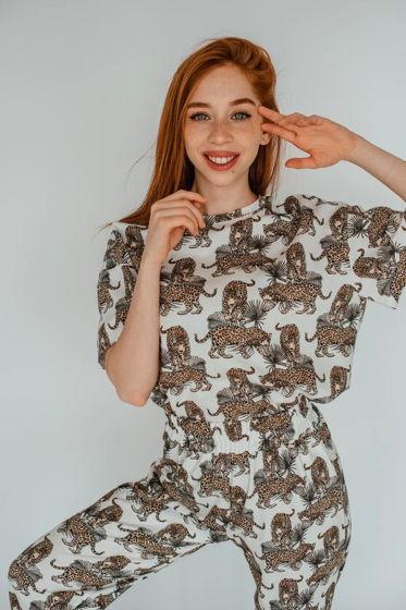 Пижама ( футболка и штаны)