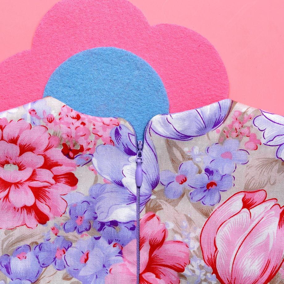 Платье розовое с цветами для девочки. Ручная работа.