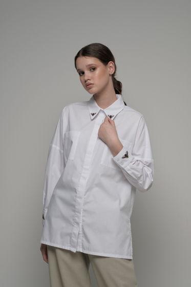 "Белая рубашка оверсайз с вышивкой ""муха"""