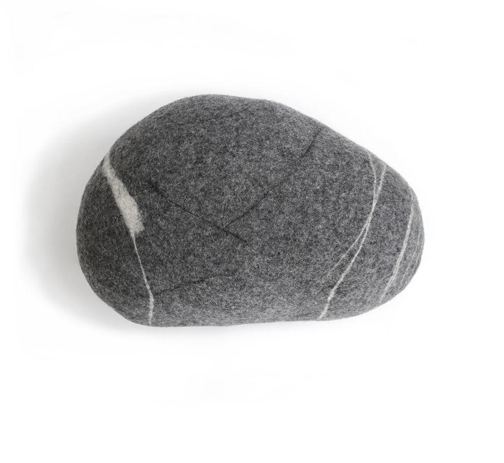 """ПОДУШКА-КАМЕНЬ. Модель """"Кельтский камень"""" (45см)"""