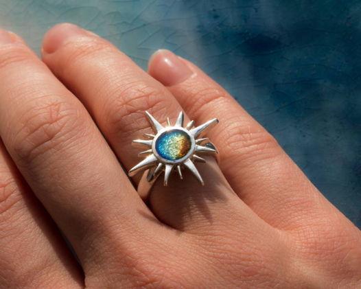 Кольцо с эмалью «Полярная звезда»