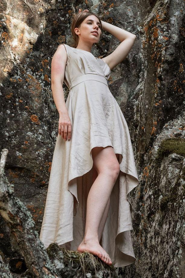 Платье Вайна с асимметричным подолом, бежевый