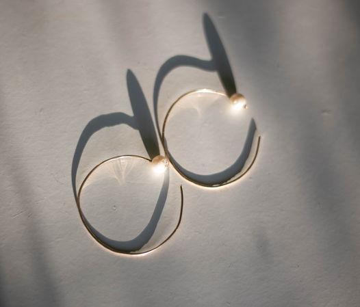"""Серьги-кольца с жемчугом, коллекция """"La Forme"""""""