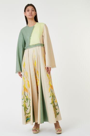 Дизайнерское платье из итальянского льна с вышивкой, выполненной по индивидуальным эскизам