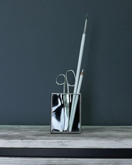 Карандашница из  прозрачного и чёрного декоративного стекла