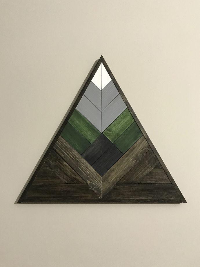 Деревянное панно The Mountain/little 38х43 см.