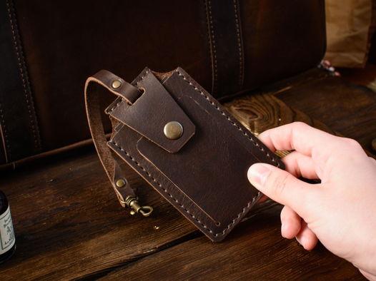 Кожаный чехол для пропуска -STATUS- цвет Коричневый