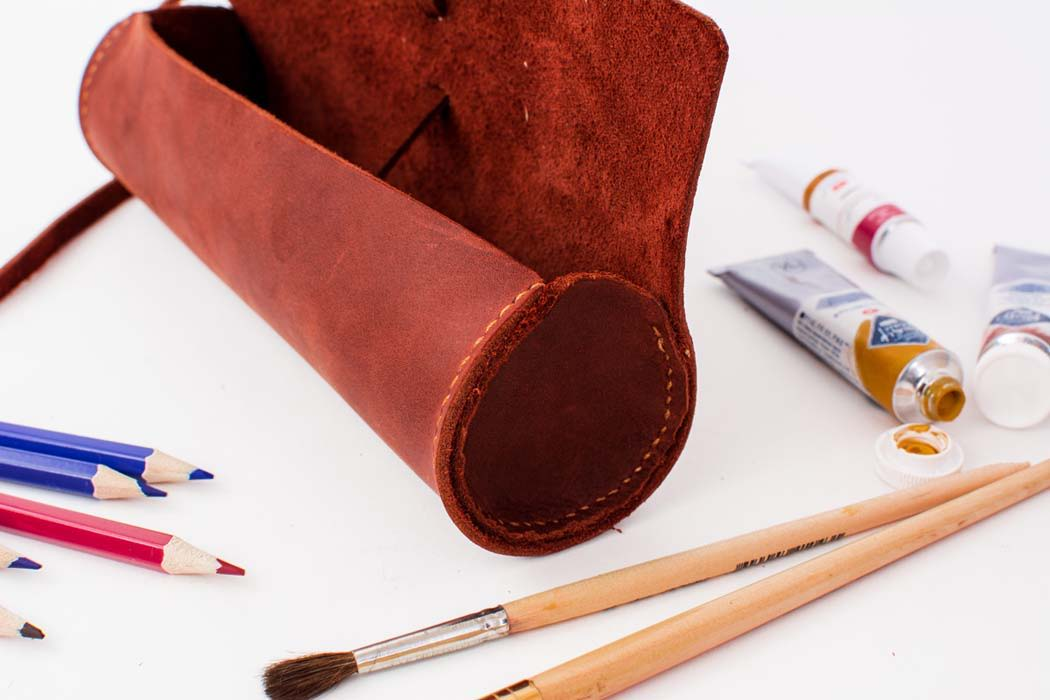 Большой кожаный пенал -BARREL- цвет Коньяк