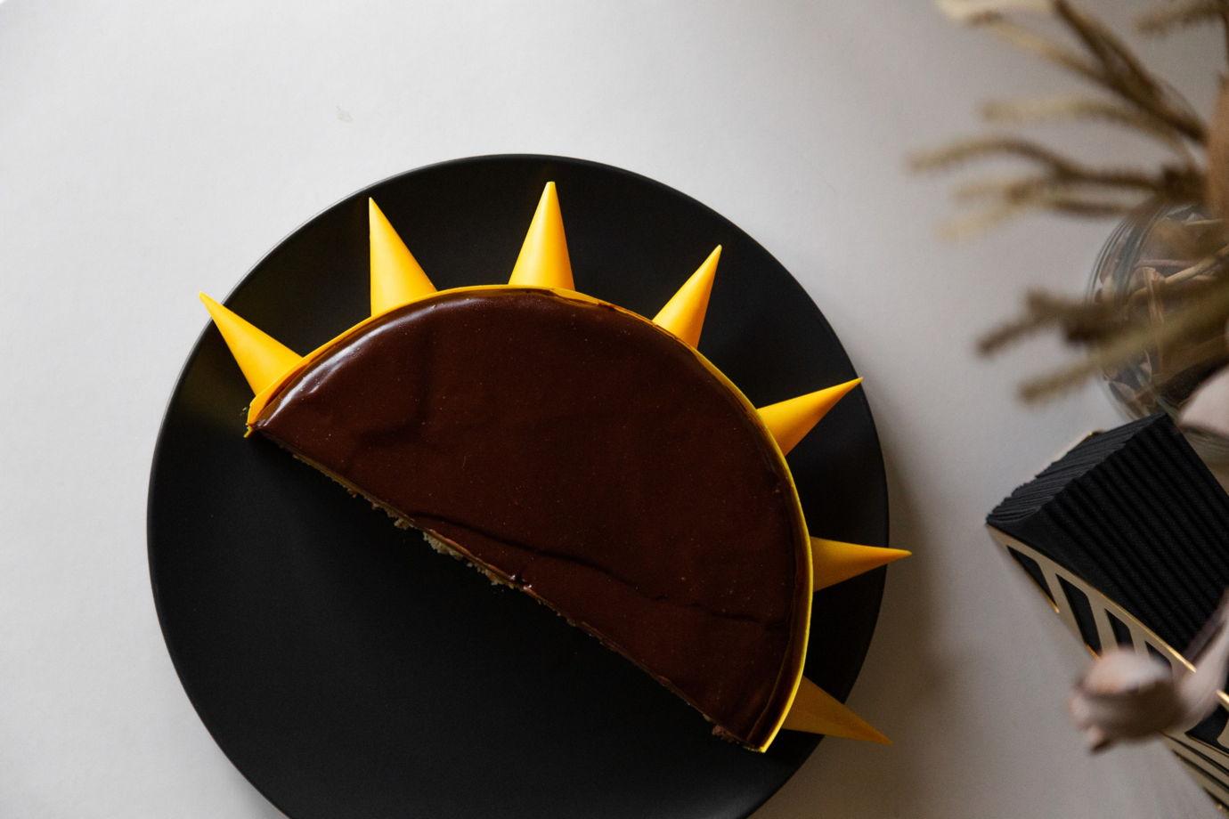 Муссовый экзотический торт