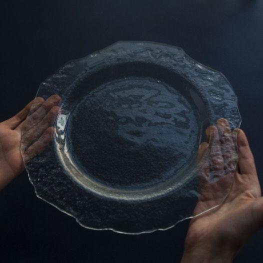 Стеклянная тарелка Ldinka. Увеличенная версия