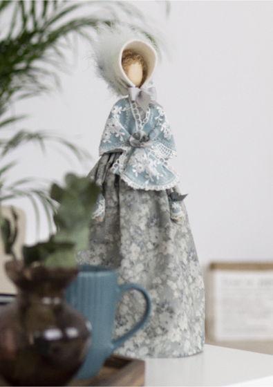Интерьерная кукла для декора «Эмма»