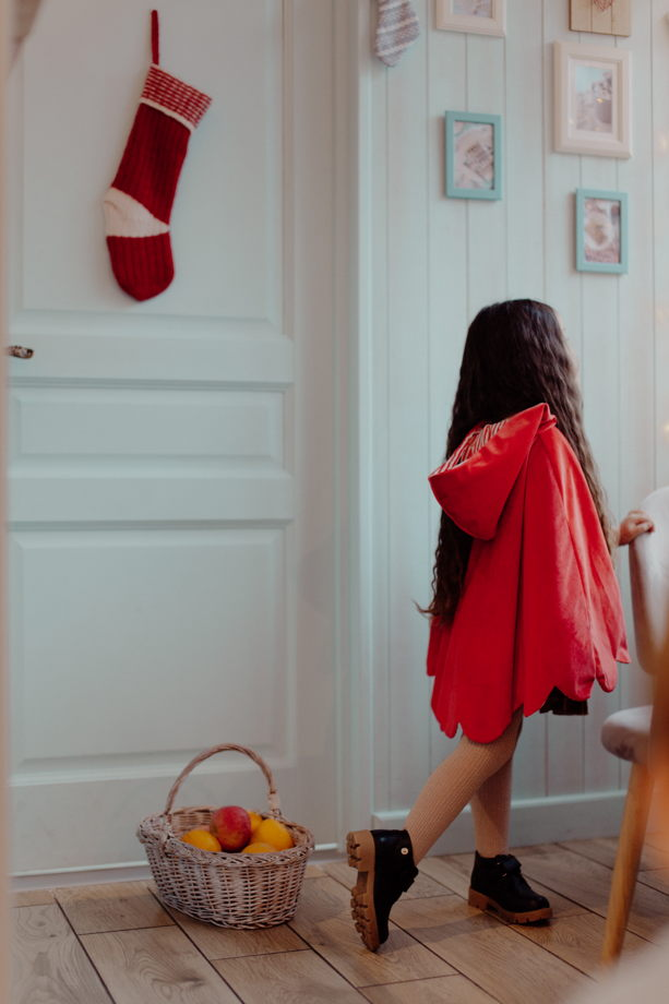 Бархатный плащ Красная Шапочка