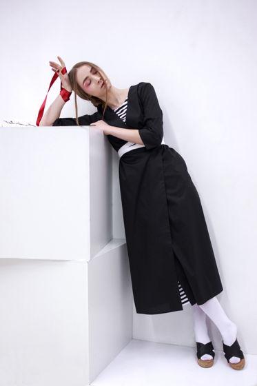 Платье-халат черное с белыми поясками