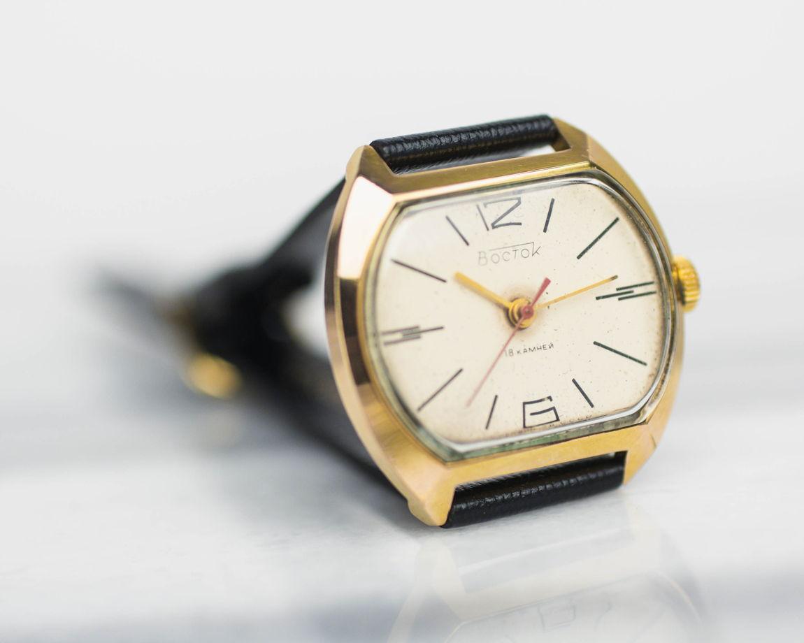 Восток – механические часы из 1980-х