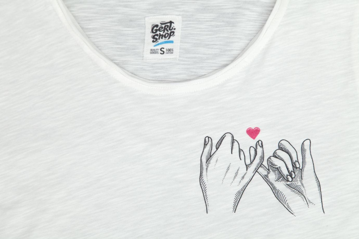 "Белая футболка ""Love"""