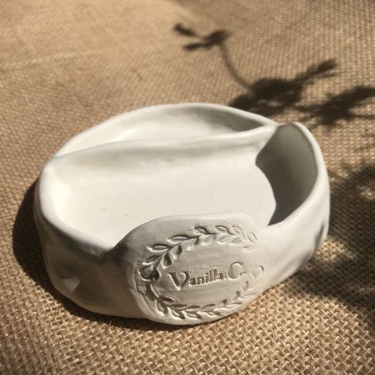 Тарелочка блюдце для украшений TOTAL White