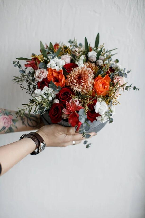 Коробочка для сертификата с живыми цветами средняя