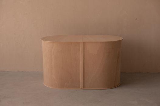 UU-стол от YAMAMUSE / столик с местом для хранения