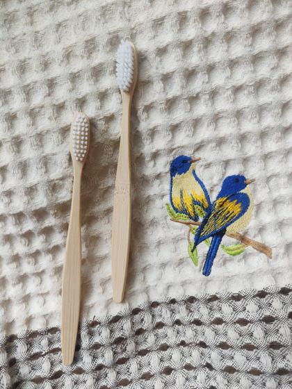 Бамбуковая зубная щётка (белая)