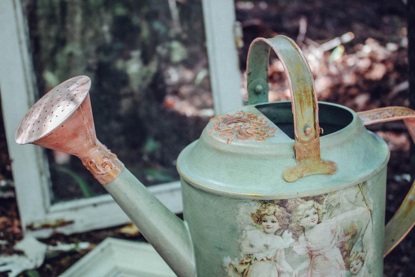 Лейка для полива и декора