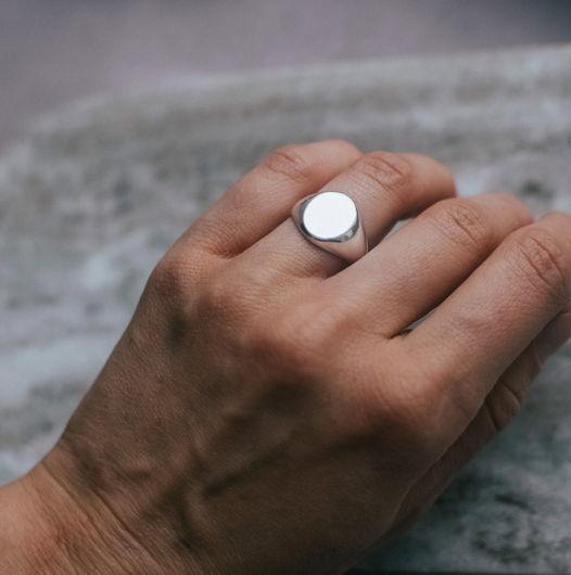 Серебряное кольцо печатка