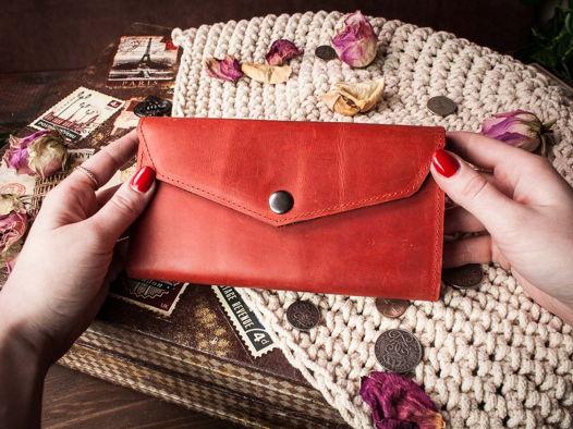 Женский кожаный кошелек -CAMELLIA- цвет Красный