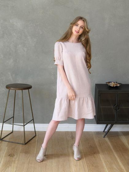 Платье льняное пудровое