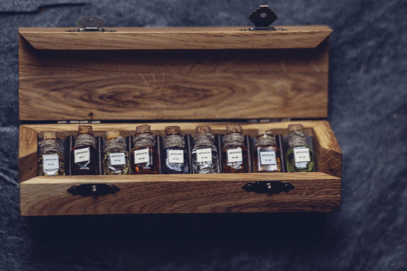 Сет из 9 любых ароматов по 2 мл