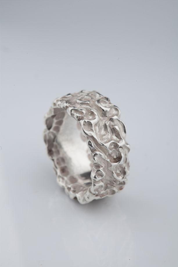 Кольцо серебряное руно