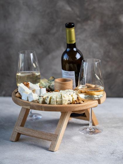 """Раскладной винный столик на два бокала и местом для бутылки. Цвет """"натуральный дуб"""""""