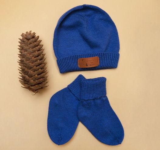 Комплект шапка и носочки