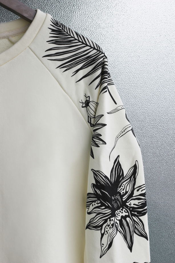 "Бежевый женский свитшот с принтом на рукаве ""Tattoo sleeve"""