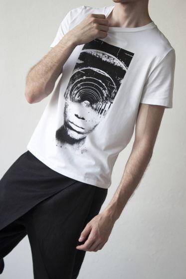 мужская футболка  с принтом лабиринт
