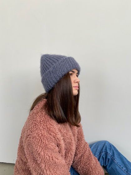 Двухслойная шапка из мохера, цвет графит