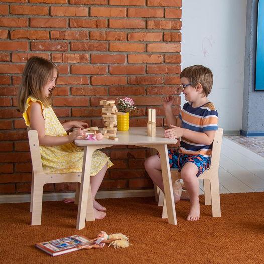 Детский квадратный стол и два стула Kiddy's Store, комплект детской мебели стол и два стула деревянный, натурального и белого цвета