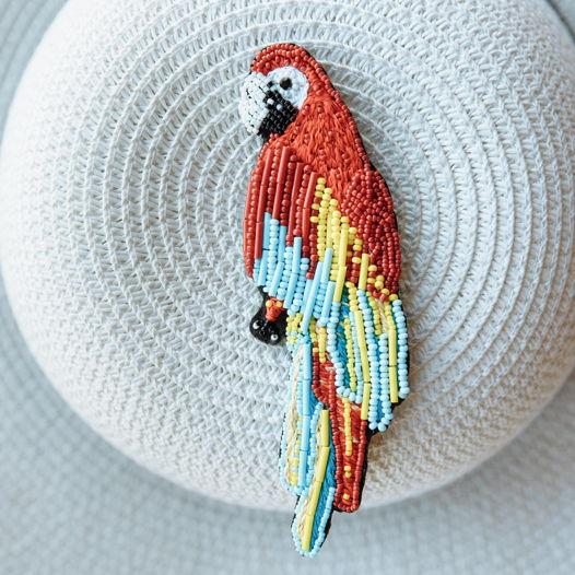 Брошь вышивка бисером «Попугай Ара»