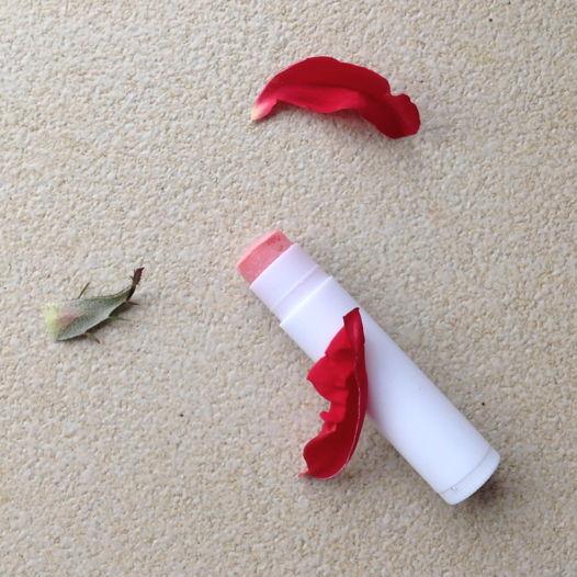 бальзам - блеск для губ с розой LABIA