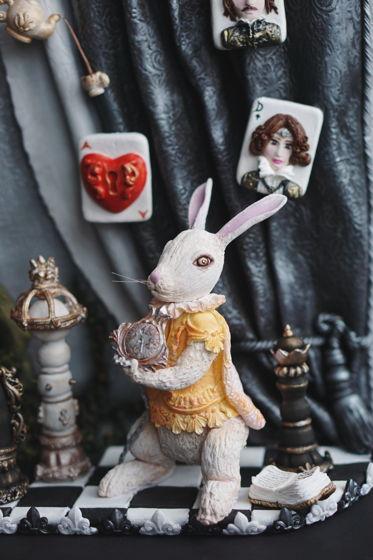 Панно Алиса ручной работы из полимерной глины