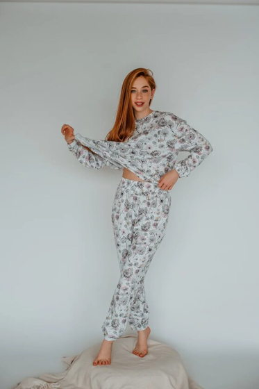 Пижама (кофта и штаны)