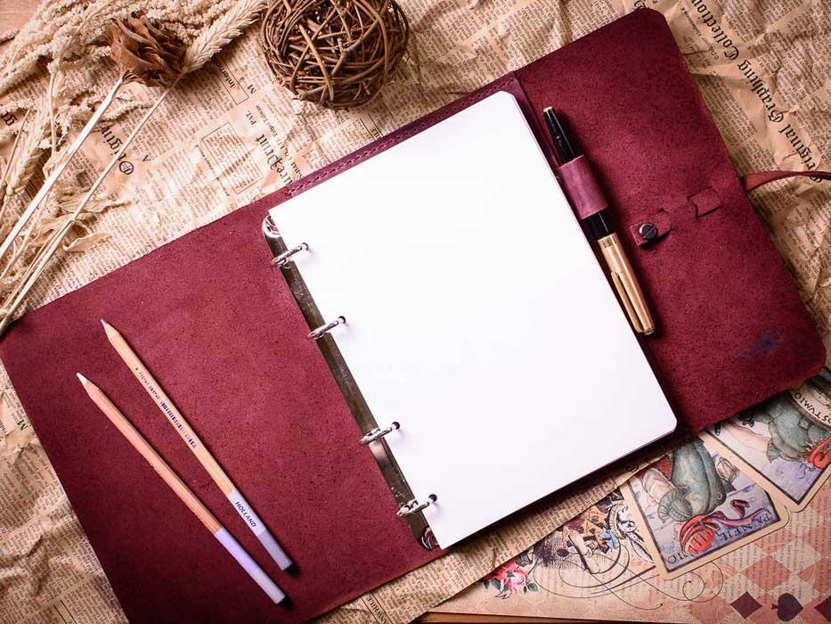Блокнот ручной работы женский -MYSTERY- А5 на кольцах цвет Бордо