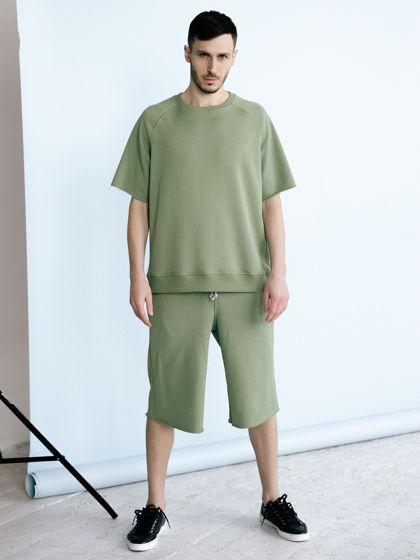 Мужской трикотажный костюм: футболка, шорты