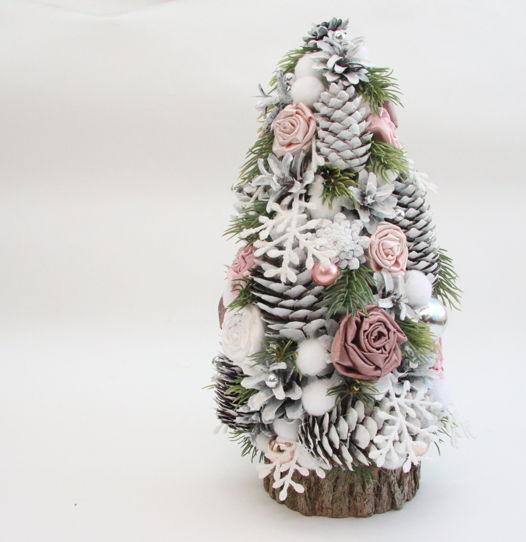 Настольная искусственная елка в пудрово-розовой гамме (средняя)