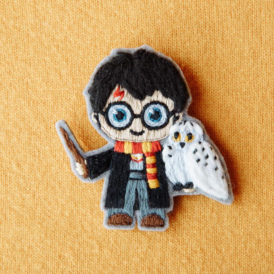 """Брошь вышивка """"Гарри Поттер"""" (под заказ)"""