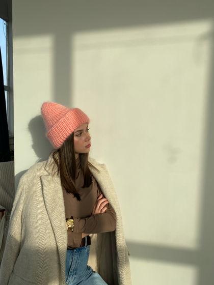 Двухслойная шапка из мохера, цвет персиковый