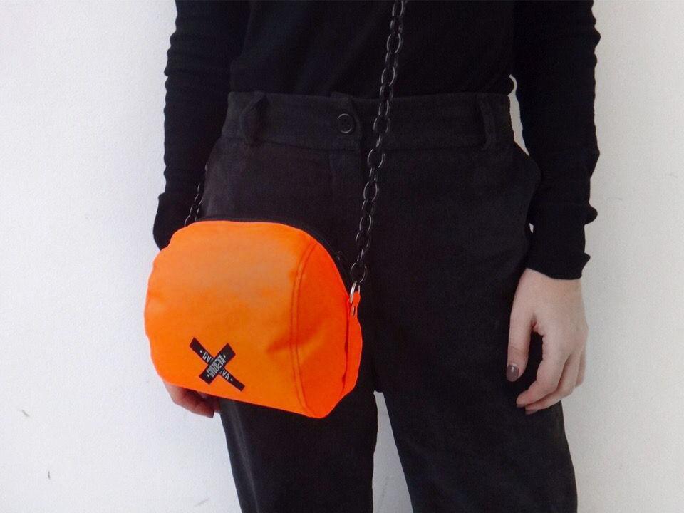 Signal Bag На цепочке Оранжевая