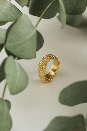 """серебряное кольцо с позолотой  """"фрагменты ракушек"""""""