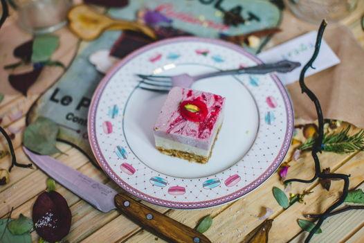 """Пирожное """"Клубничный йогурт"""""""