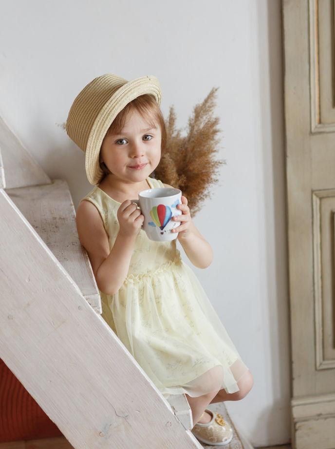 Детская фарфоровая кружка с воздушным шаром